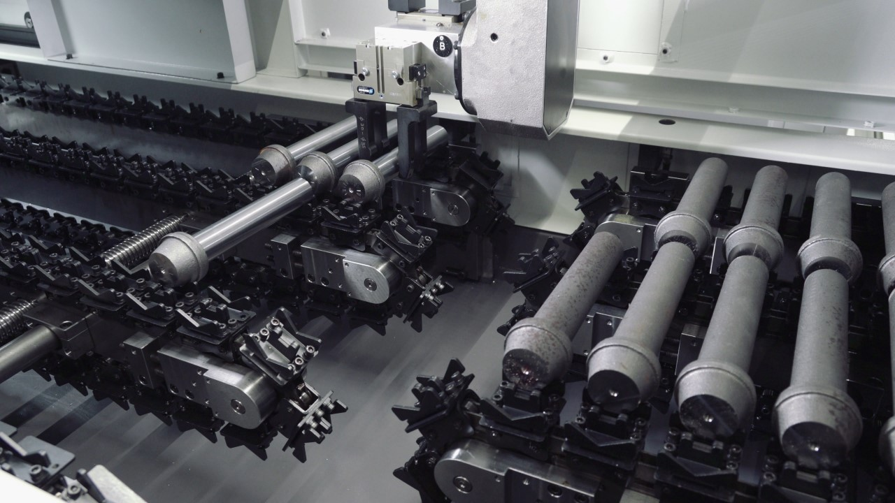 AUTOMATION OF MACHINING SHAFTS